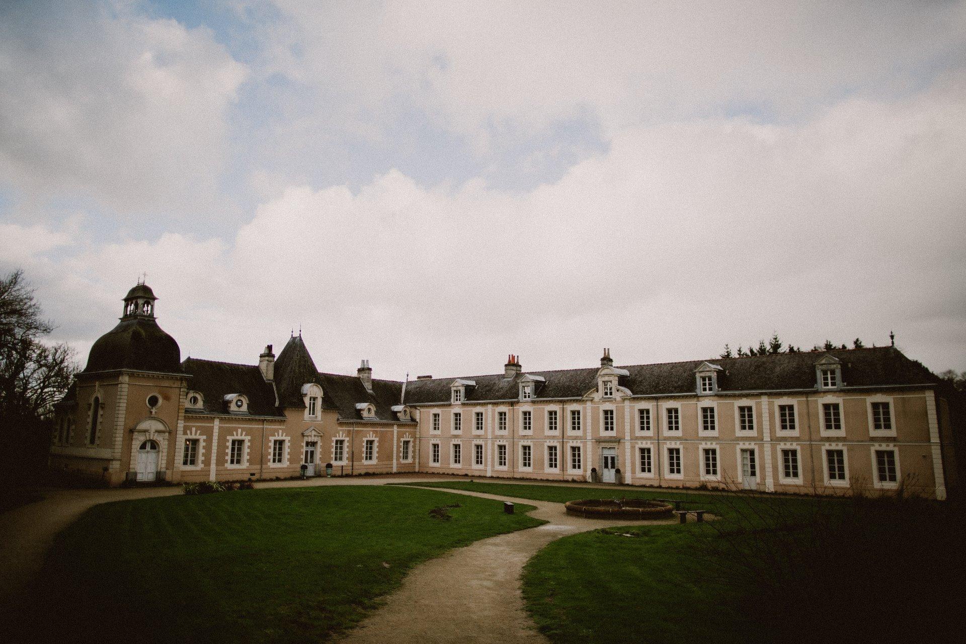 sterenn-officiante-ceremonie-laique-chateau-chasse-iffendic-1