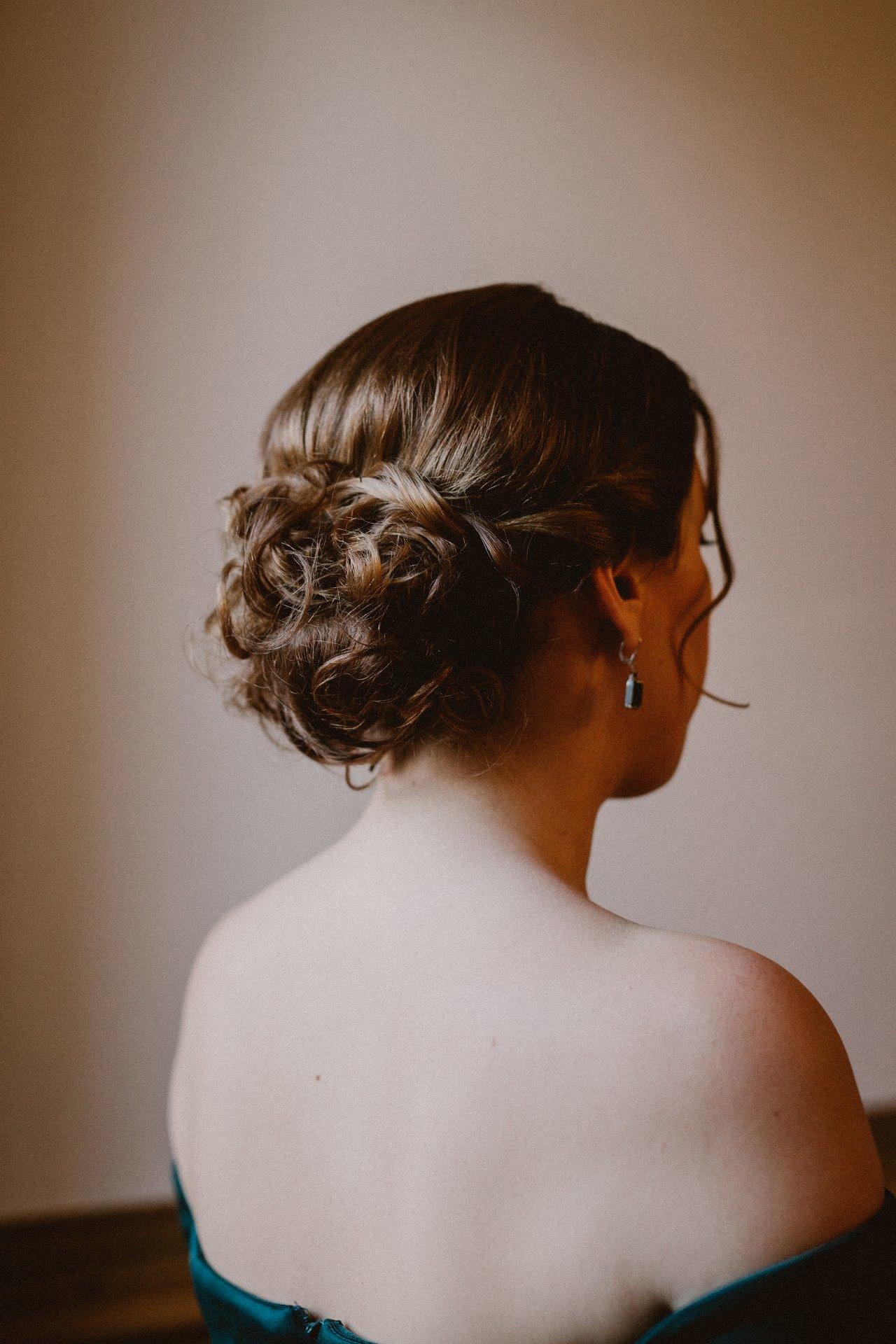 sterenn-officiante-ceremonie-laique-coiffure-demoiselle-honneur-302
