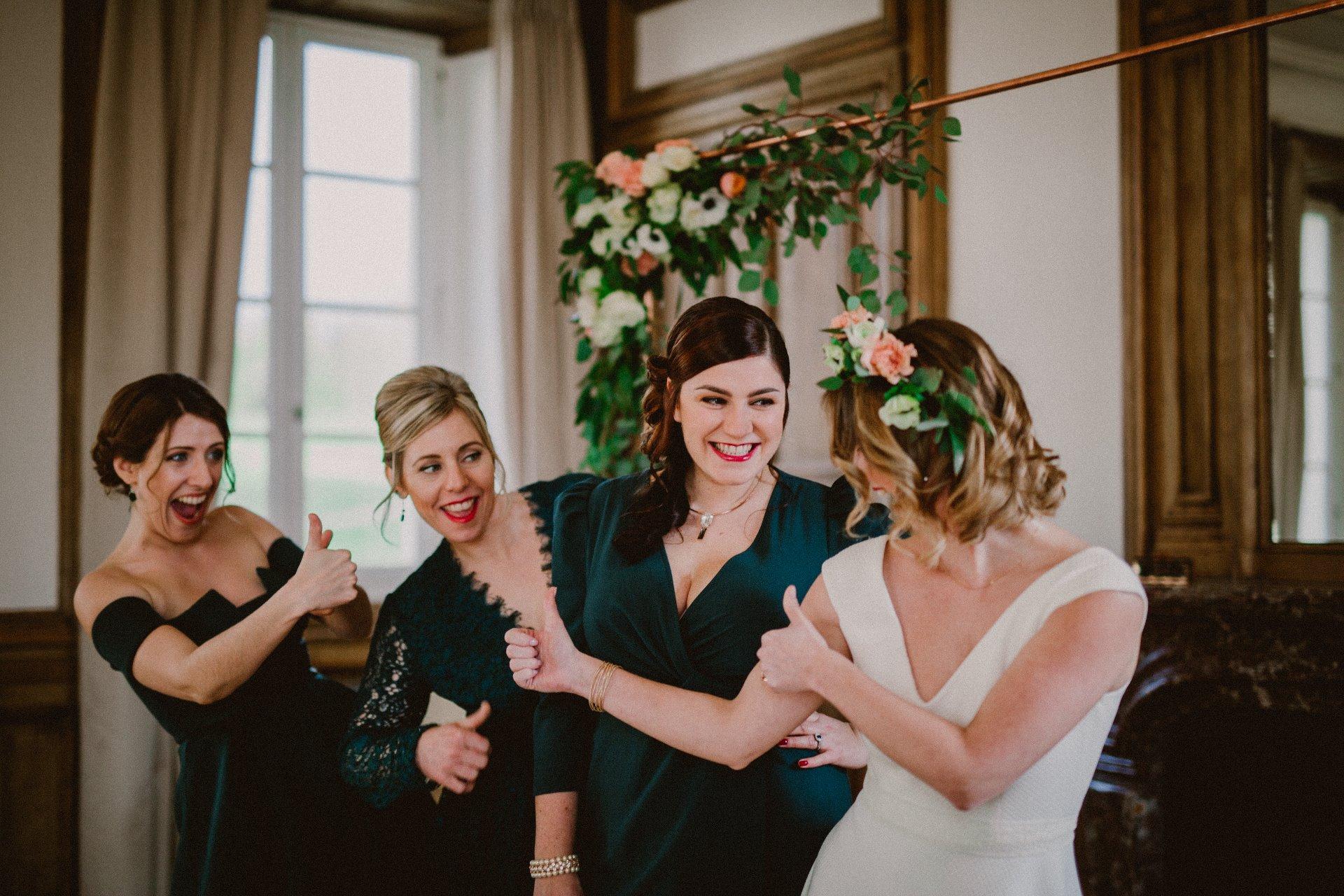 sterenn-officiante-ceremonie-laique-demoiselles-d'honneur-mariage-vert-foret-114